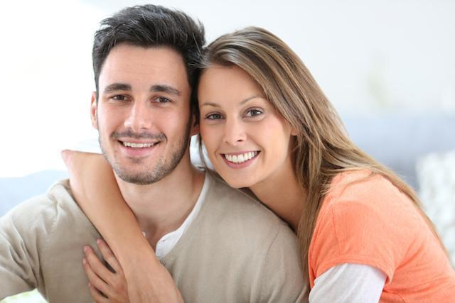 Couple hugging | Dentist Barrie ON