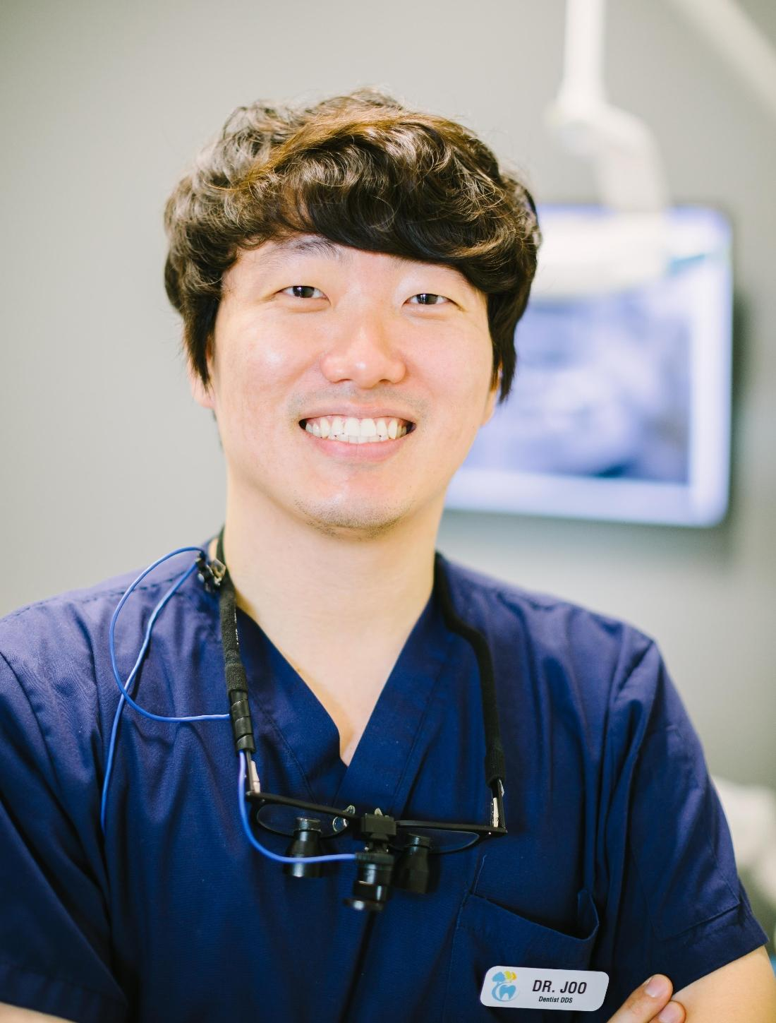 Youngwoo Joo , D.D.S. | Barrie ON Dentist